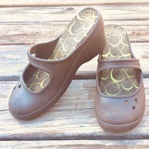 "Crocs Brown 3"" Wedges Size 7W"